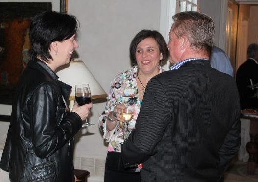 Martine, Voula & Ian