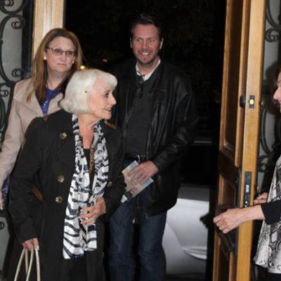 Auntie Marilyn, Karen and Tobin arriving